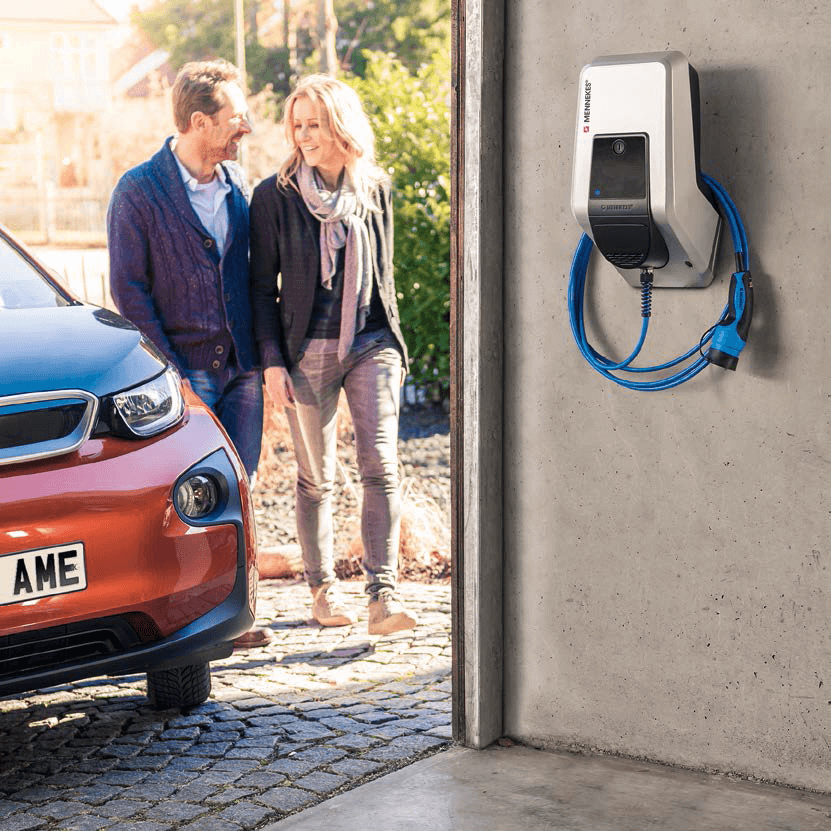 MENNEKES AMTRON EV Electric Vehicle Charging Point Fixed Cable Type2 BMW i3